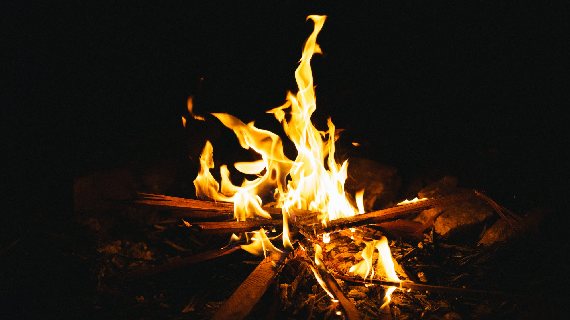The Art Of Building The Perfect Campfire